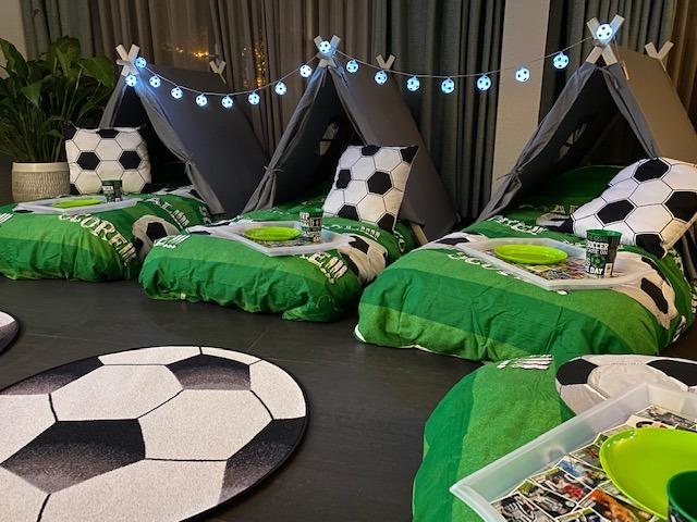 Voetbal feestje rotterdam
